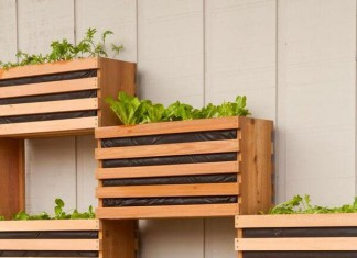 Small Backyard Ideas - Vertical Vegetable Garden